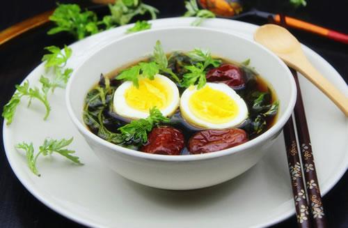 艾草煮鸡蛋有什么功效